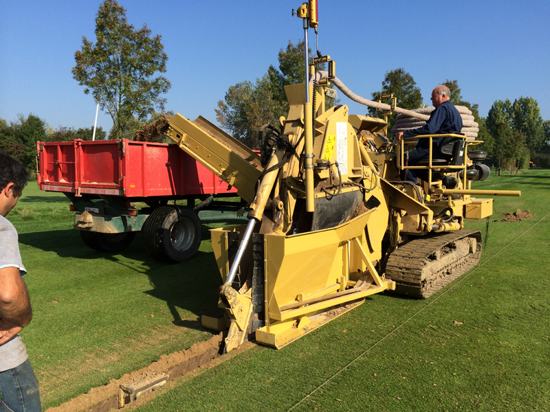 Grondige drainage van fairways